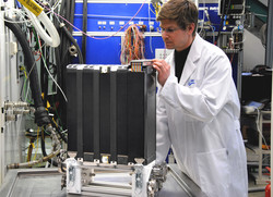 // The Vehicle-suitable 95-kW fuel cell stack is developed by the network and now n the test rig at ZSW fuel cell test centre in Ulm.